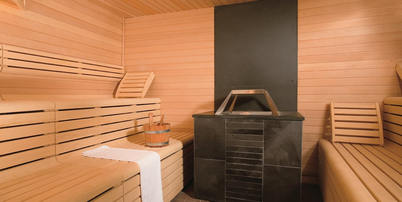 Biosauna cold cavern tropical shower spa riccione for A step ahead salon poughkeepsie ny